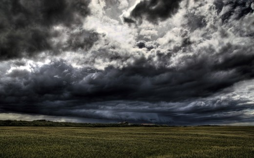 dark-clouds-wallpaper-hd-1920x1200